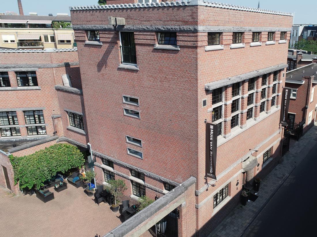Hotel Huis van Bewaring Almelo Vooraanzicht
