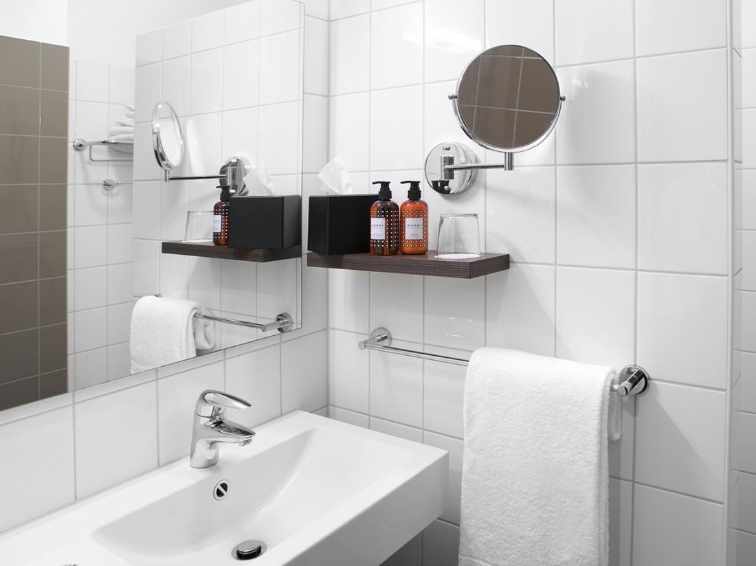 Standaard kamer badkamer